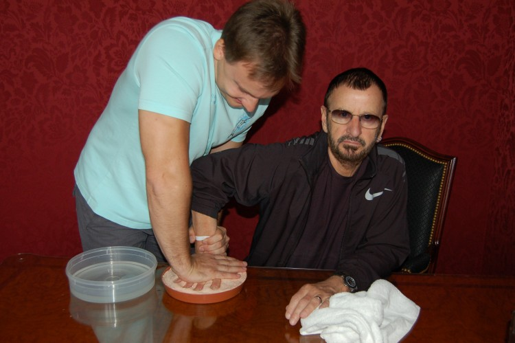 Ringo_Starr_with_Jan_Hunat