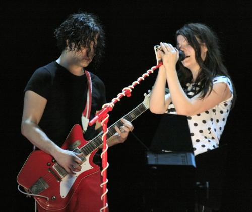 Jack_&_Meg,_The_White_Stripes