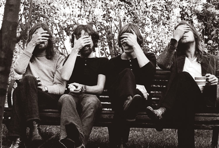 Pink-Floyd-face-palm