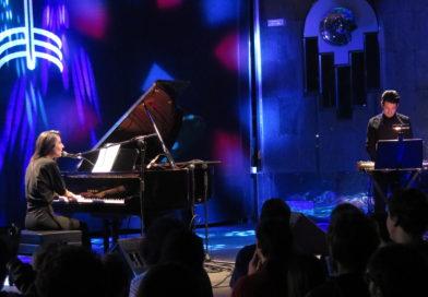 Julia Holter solo on Gran Piano (Teatro Barceló, Madrid)