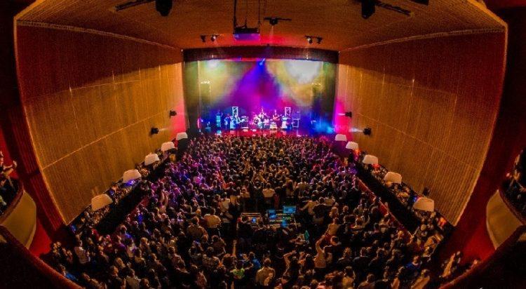 sala capitol monster magnet concierto santiago